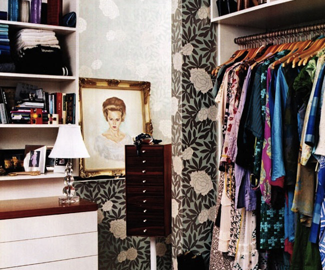 Colorful-Closet-Via-DiCorcia-Design