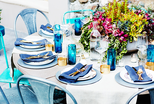 Nicole-Richie-Al-Fresco-Dining-Blue-Table-Setting-via-DiCorcia-Interior-Design-NY-NJ