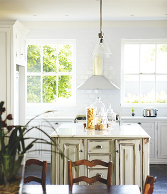 Caline-Williams-Wynn-Cape-Town-Home-Kitchen-Antiqued-Cabinets-via-DiCorcia-Interior-Design-NY-NJ