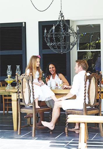 Caline-Williams-Wynn-Cape-Town-Home-Porch-Dining-Room-via-DiCorcia-Interior-Design-NY-NJ