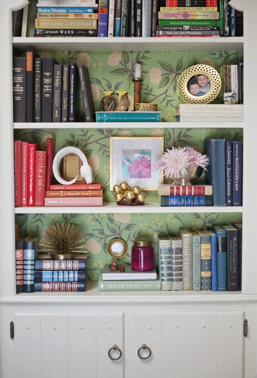 Emily-Hart-Bookcase-Rifle-Paper-Co-Emerald-Peonies-Wrapping-Paper-via-DiCorcia-Interior-Design-NY-NJ