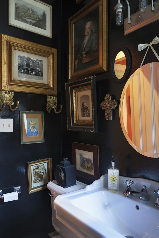 Juan-Carretero-Bathroom-Lonny-via-DiCorcia-Interior-Design-NY-NJ