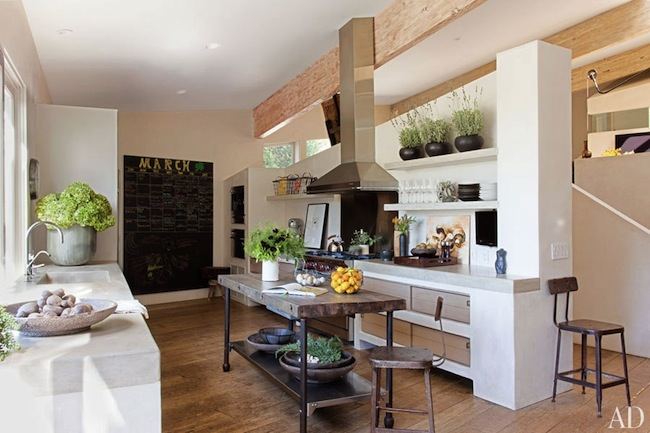 Patrick-and-Jillian-Dempsey's-Frank-Gehry-Malibu-Home-via-DiCorcia-Interior-Design-NY-NJ