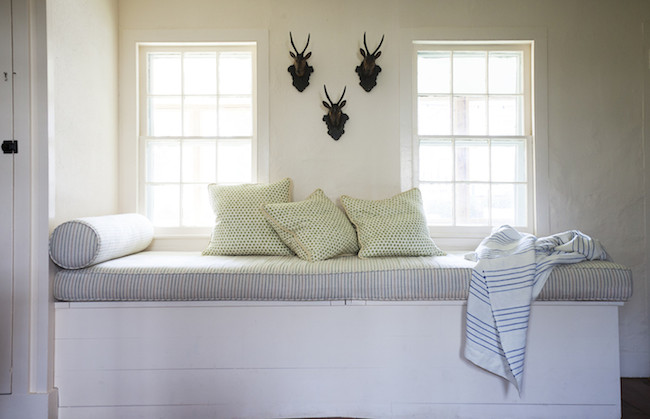 Michelle-Smith-Sag-Harbor-Shingle-Cottage-Beach-House-via-DiCorcia-Interior-Design-NY-NJ