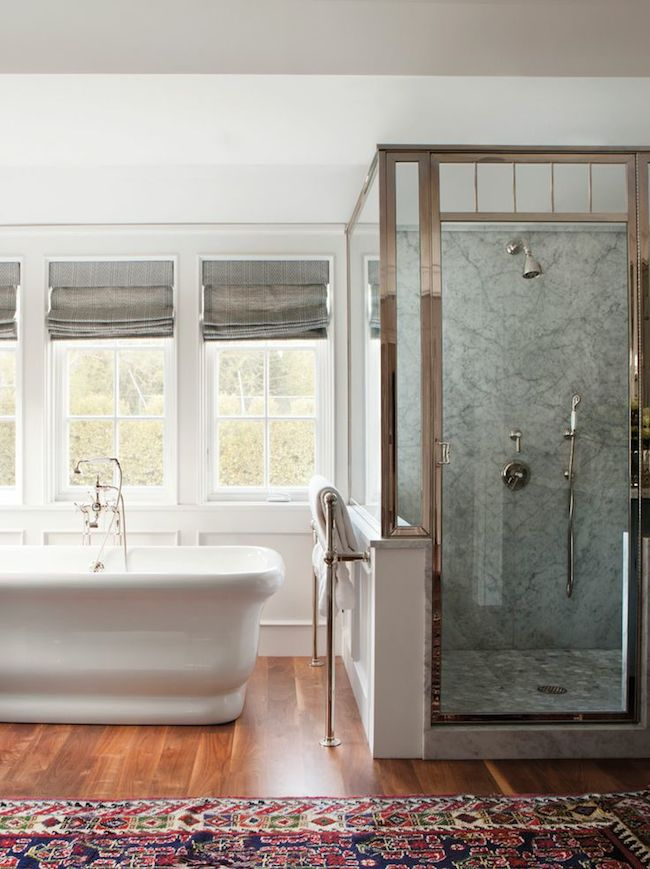 Bathroom-Brentwood-home-designed-by-Peter-Dunham-via-DiCorcia-Interior-Design-NY-NJ