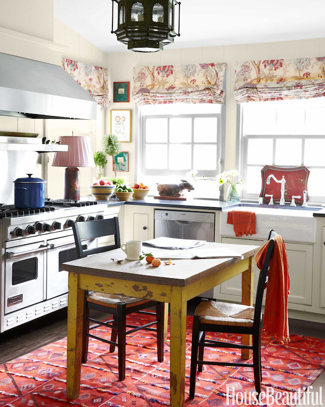 Kitchen-Shingle-Style-Cottage-Los-Angelos-via-DiCorcia-Interior-Design-NY-NJ